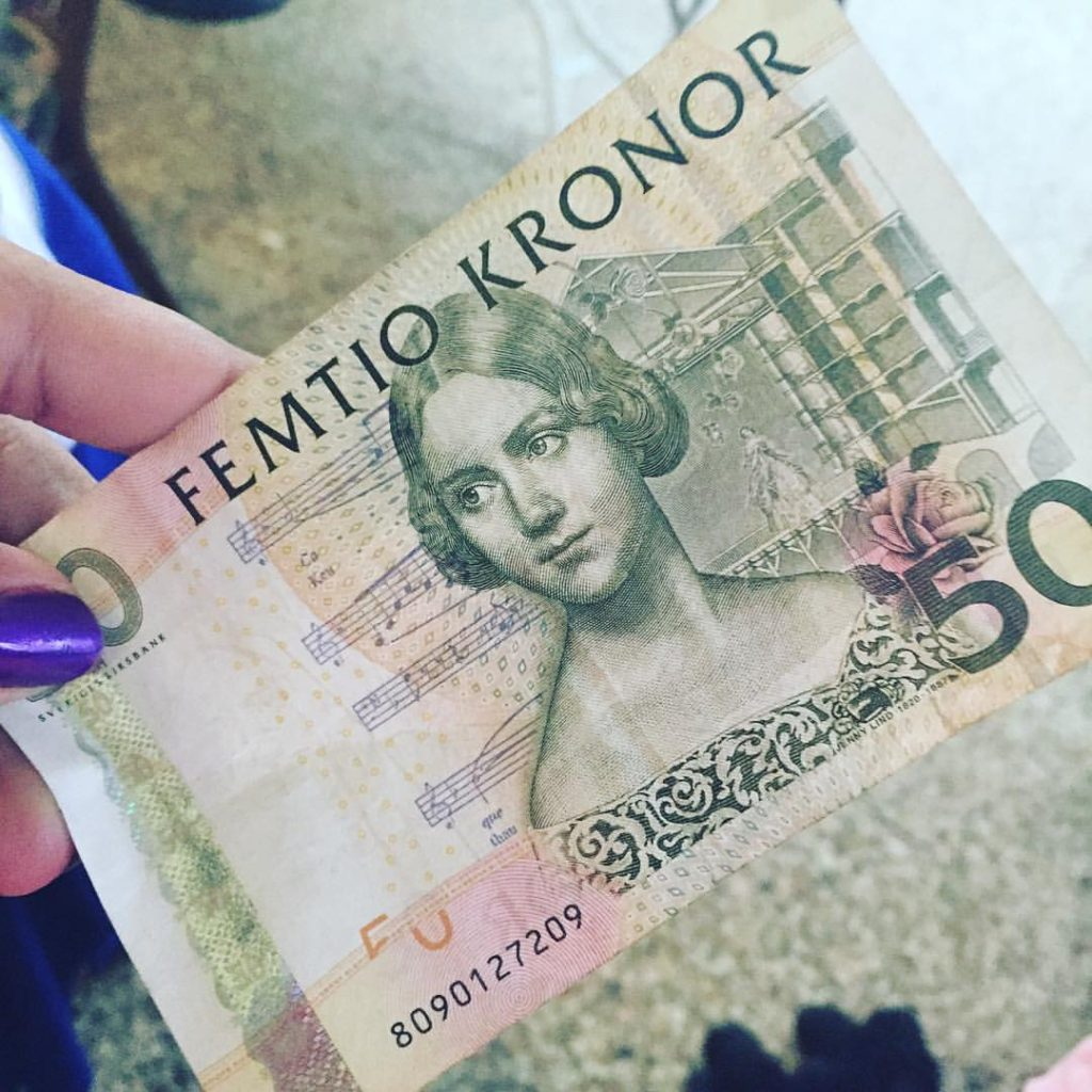 Fifty Swedish Kronor - Traveleira.com