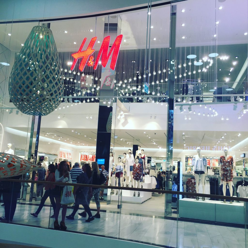 H&M - Mall of Scandinavia - Stockholm - Traveleira.com