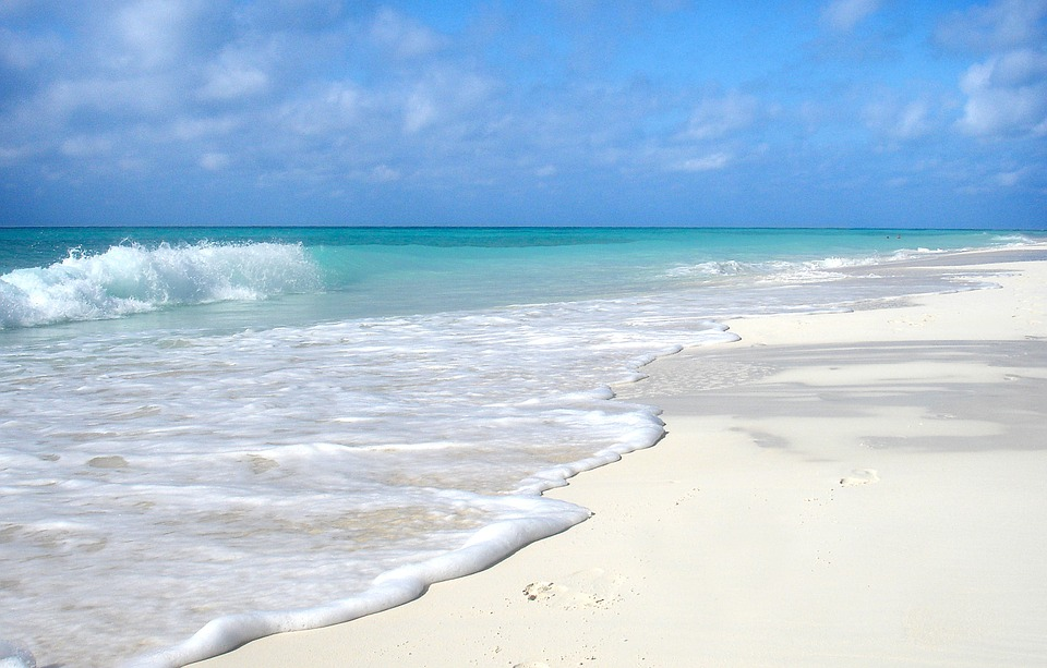Cayo santa maria beach - Cuba - Traveleira.com + Fill My Passport