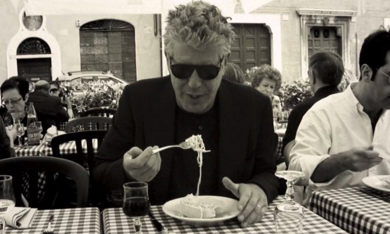 Anthony Bourdain - Traveleira.com